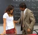 Jovencita no entiende nada en clase