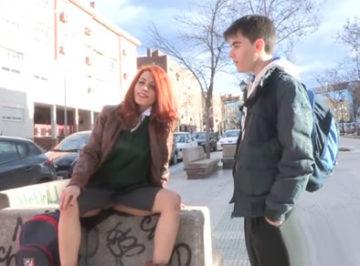imagen Joven colegiala española quería follarse a Jordi